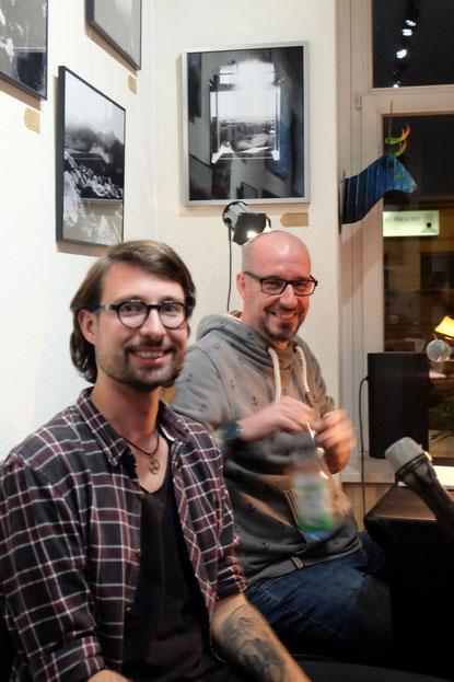Markus Digwa und Toni Küttner bei ihrer Lesung auf der Galerie-Bühne