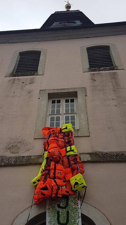 Rettungswesten an St. Nicolai Gifhorn