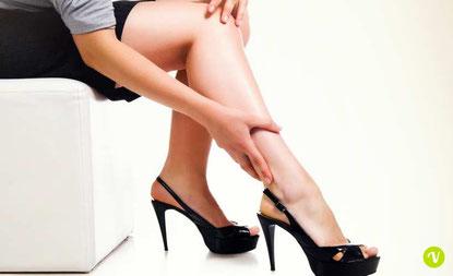 Gambe, caviglie e piedi gonfi: rimedi naturali