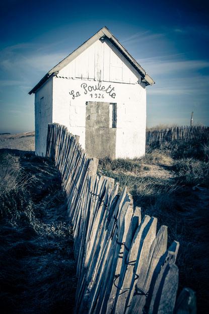 La Poulette ist eine kleine Strandkabine und das Wahrzeichen von Agon-Coutainville