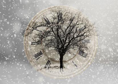 Spirituelle Hypnose nach Dr. Michael Newton, Bild von Gerd Altmann auf Pixabay
