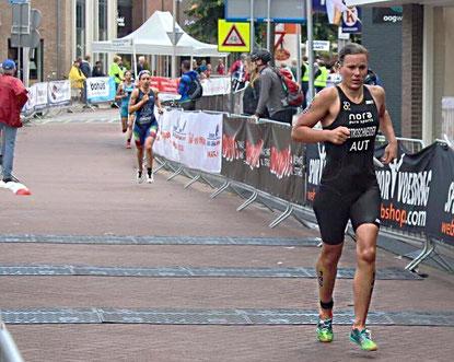 Tanja Stroschneider beim heutigen Europacup-Rennen in Holten (Foto zVg)