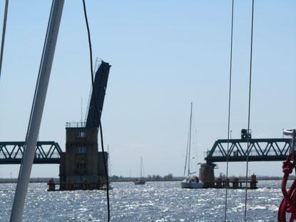 Öffnungszeiten Zecheriner Brücke am Peenestrom