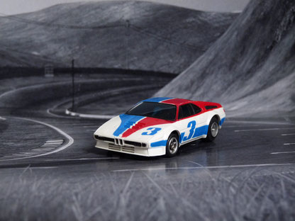 AURORA AFX BMW M1 weiß/blau/rot #3