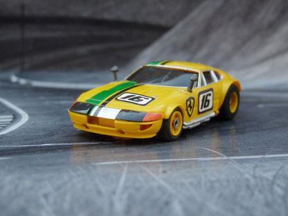 AURORA AFX Ferrari Daytona Coupe gelb/grün/schwarz #16