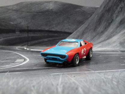AURORA AFX Plymouth Road Runner Stock Car rot/blau #43