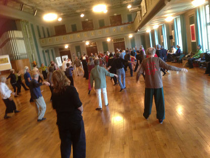 Easter Tai ji Seminar with Chungliang Al Huang, Winterthur, 100 Happy Dancing Tai Ji Artists!