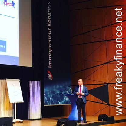 freaky finance, Immopreneur Kongress 2017, Hauptbühne, Darmstadtium, Thorsten Klinkner auf der Bühne