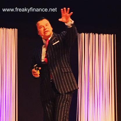 freaky finance, Immopreneur Kongress 2017, Hauptbühne, Darmstadtium, Paul Misar auf der Bühne