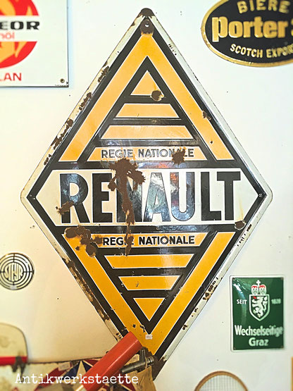 Renault sign