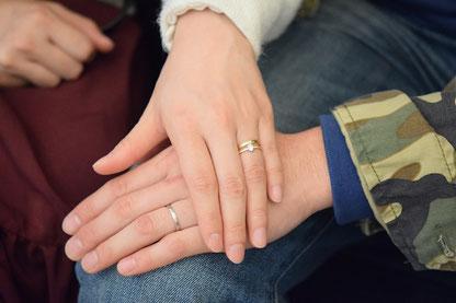 結婚指輪と婚約指輪の素敵な重ね付け