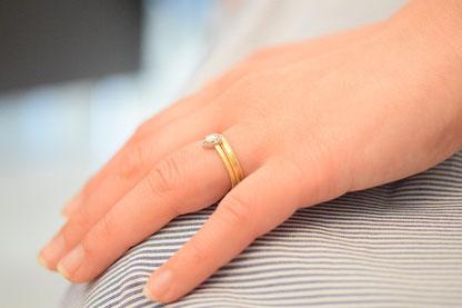 結婚指輪と婚約指輪の重ねづけ