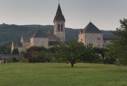 Hébergement insolite à Dourgne, dormir dans une Abbaye, pélerin, Saint-Jacques de Compostelle, Tarn, Pays de Cocagne, Terres d'Autan, office de tourisme, hébergement insolite proche de Toulouse