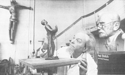 "Knut Knudsen in seiner ""Werkstatt"", WZ 16.01.1991, Foto: H.Herbert"