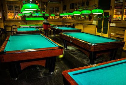 Snooker - отличные коктейль-бары в Барселоне