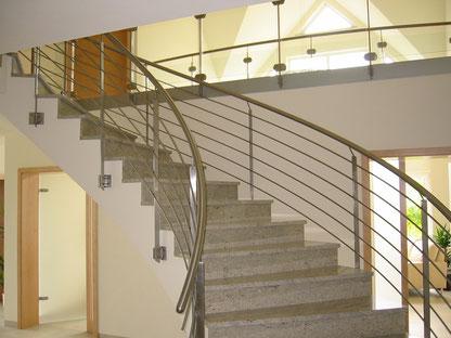 Bild Treppe Geländer Edelstahl Pickel Alitzheim Metallbau