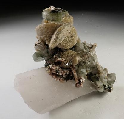 Fine mineral