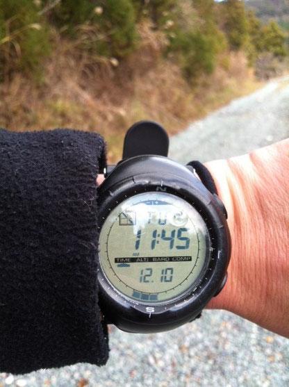 汗ばんできたので山頂でジャケット脱いで、。 で、下ったものの全然体にキテない感じ、。もう一周行っちゃうか!?って思った時には登ってました!(笑) 最初Cコースで登ったので今度はBコースで、、、、