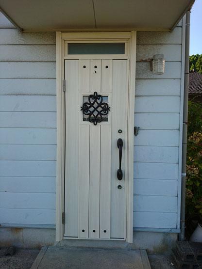 玄関ドア リフォーム ドアリモ