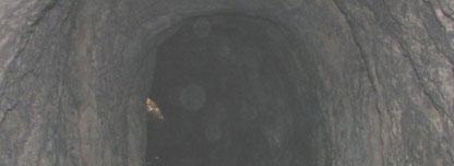 Tatsächlich, Licht am Ende des Tunnels! Klick mal auf das Bild.