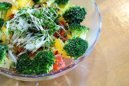 癌(ガン)予防に効くとされる野菜のブロッコリースプラウトは生で食べるのが一番とのこと