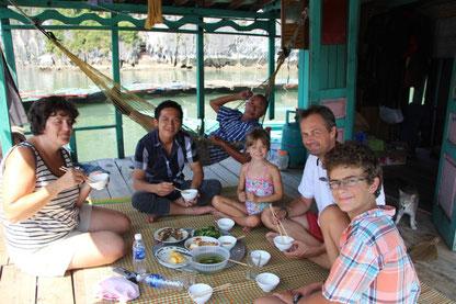 Repas chez l'habitant avec notre guide Kean