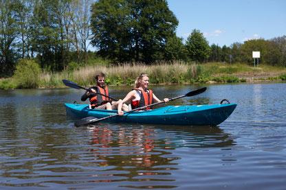 Kanufahren, Paddeln auf den Flüssen Ems und Hase, Natur pur