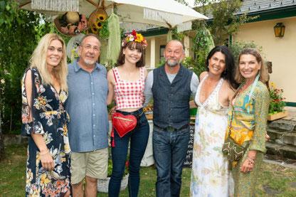 v.l.: Sandra Soravia-Lepuschitz, Franz Salmeyer, Uli Brée mit Tochter Lilly, Renate Altenhofer, Barbara Salmeyer