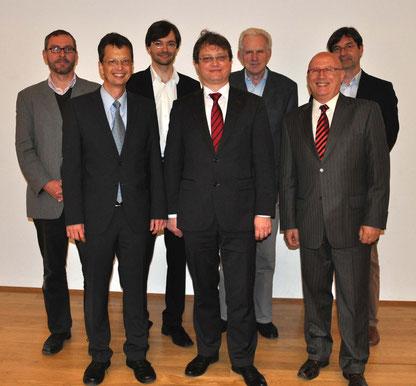 Vordere Reihe (v.l.n.r.):   Jörg Logé,  Torsten Kulke, Jürgen Borisch,  Hintere Reihe (v.l.n.r.):   Dr. phil. Stefan Hertzig, Robert Schillack, Dr. Manfred Mikut, Martin Trux