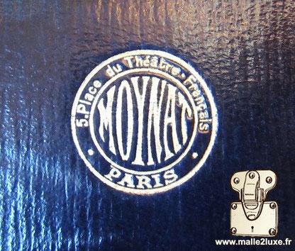 Old morocco leather moynat logo