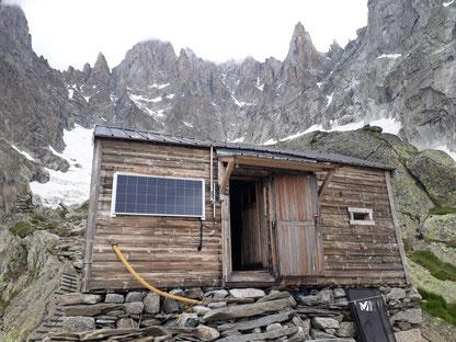 Aiguille des Drus, Les Drus, le Dru, Traverse, petit Dru, Grand dru, Charpoua, Refuge de la Charpoua, Glacier de la Charpoua, Mont Blanc Area, Mont Blanc Region, Chamonix