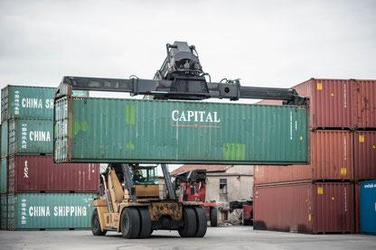 Kuriose Unterkunft: Mit dem richtigen Umbau eignen sich Seecontainer auch zum Wohnen.