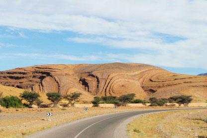 Felsformationen bei Igherm Marokko