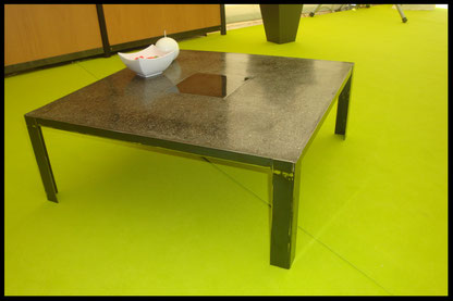 table basse  métal avec empiècement métal