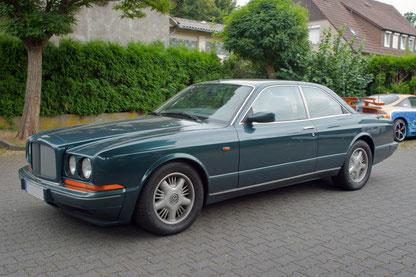 Bentley Continental R mit Lautsprecher und Verstärker aussenansicht