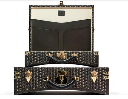 2011 new moynat suitcase type car trunk