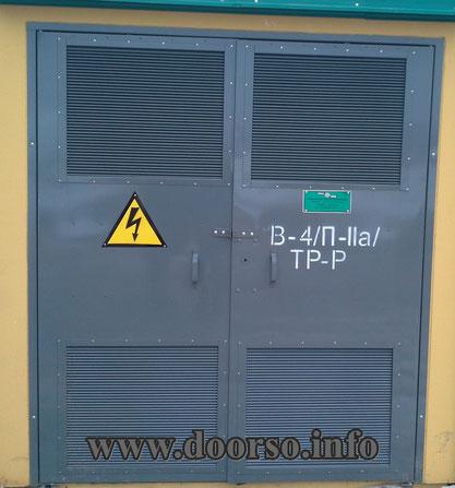 металлические двери в электрощитавую.