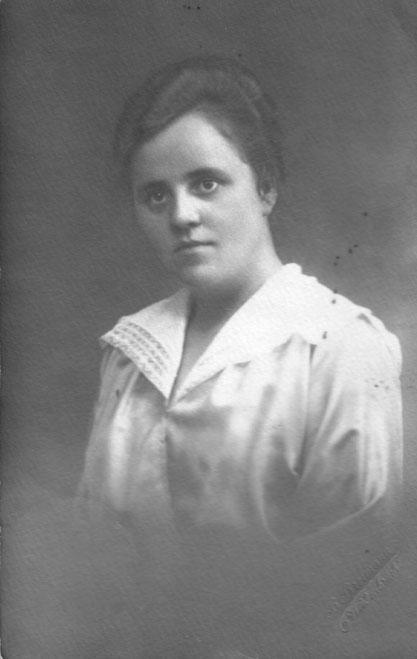 1920 Elsa Pietig