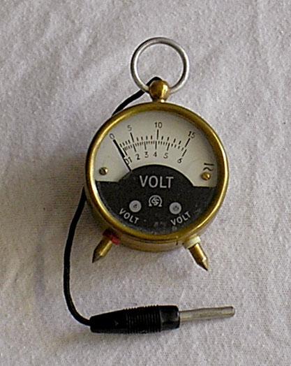 Schöller & Co. Frankfurt a / M. - Taschenvoltmeter von 1950