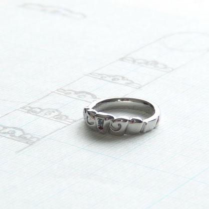 ティアラとパンの婚約指輪