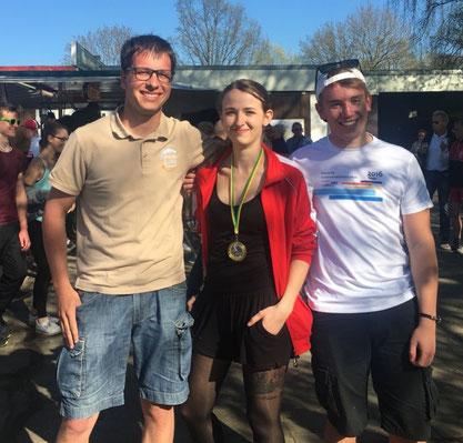 Die siegreiche Mannschaft (von rechts: Joscha Thomann, Jasmin Horeis, Hendrik Nagel)