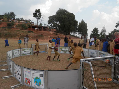 das Soccer-Ei mit Trainingsangebote auch für Fußballschulen