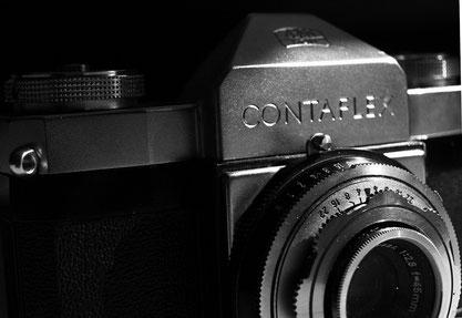 Die Contaflex, ganz mechanisch, ganz ohne Belichtungsmesser