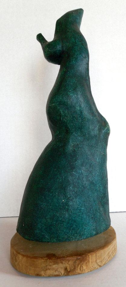 trophée, plâtre peint sur socle en bois (hauteur 34cm)