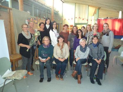 Workshop im Kindergarten Eggenfelden mit Evelyn Löhr (ganz links)