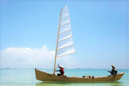沖縄伝統の造船方法、帆かけサバニ