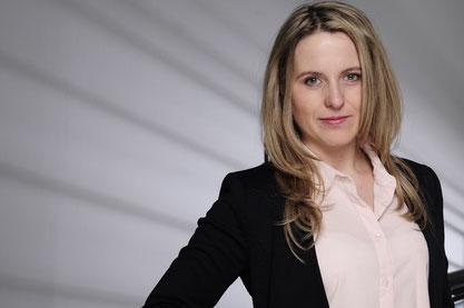Kathrin Spengler, HR Managerin in einem internationalen Unternehmen. Sie arbeitet in Leipzig.