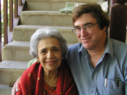 December 2003 : Etzion with Arnavaz Dadachanji at Meherazad, India