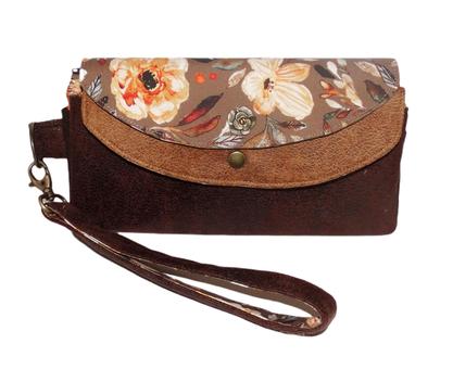 Grand portefeuille femme, double rabat, similicuir marron, camel, tissu fleurs romantiques, porte-chéquier , dragonne amovible, fabrication artisanale