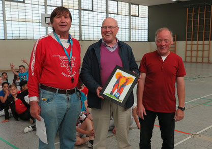 Professor Dr. Wolf-Rüdiger Umbach (Mitte), Dirk Kinne (rechts) und Manfred Wille